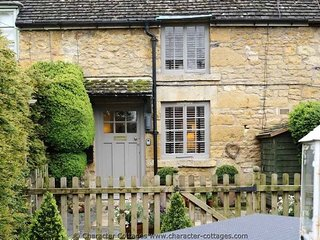 Boxtree Cottage is a very peaceful property, in the village of Hidcote Boyce - Chipping Campden vacation rentals