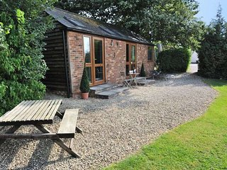 Lovely Cottage with Internet Access and Parking - Mickleton vacation rentals
