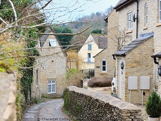 Maltings is a terraced Cotswold stone cottage - Nailsworth vacation rentals