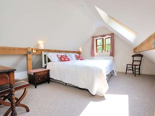 The Bolt Hole is a former farm outbuilding that has been lovingly converted - Minchinhampton vacation rentals