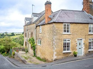 Bright 3 bedroom Cottage in Chipping Norton - Chipping Norton vacation rentals