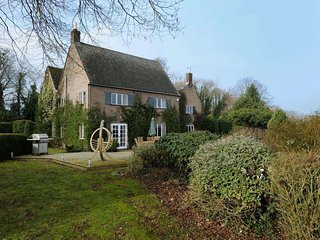 Perfect 6 bedroom Wyck Rissington House with Internet Access - Wyck Rissington vacation rentals