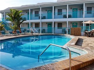 Five Palms Suite #102 - Daily - Weekly - Monthly - Clearwater vacation rentals