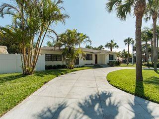 Island Time - Weekly Beach Rental - Clearwater Beach vacation rentals
