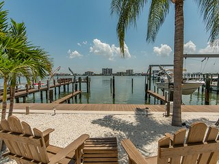 Serenity on Clearwater Beach Unit 5 - Clearwater vacation rentals