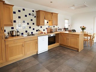 Bright 4 bedroom Vacation Rental in Cadgwith - Cadgwith vacation rentals