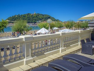 Luxury Belle Epoque apartments on the seafront - San Sebastian - Donostia vacation rentals