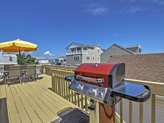 2BR Brigantine Condo - Just Steps to Beaches! - Brigantine vacation rentals