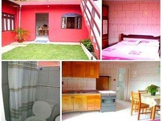 Apartamentos para temporada de 2017 - Barra da Lagoa vacation rentals