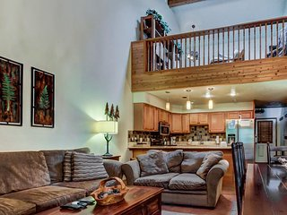 Cozy, dog-friendly home with ski-in/out access & mountain views! - Brian Head vacation rentals