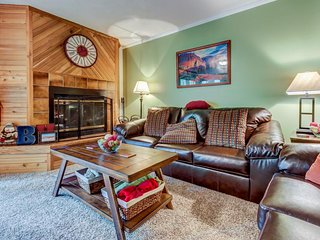Cozy, dog-friendly condo steps from the slopes w/ a private deck! - Brian Head vacation rentals