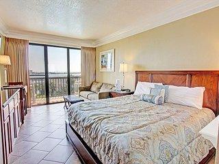 Awesome Views! Studio Condo at Pirates Bay - Fort Walton Beach vacation rentals