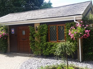 Perfect 2 bedroom Cottage in Beaminster - Beaminster vacation rentals