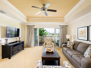 Fantastic Reunion Getaway only 6 miles from Disney - Reunion vacation rentals