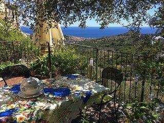 "Liguria. La ""VelaVerde"". Casa-Giardino vista mare - Lingueglietta vacation rentals"