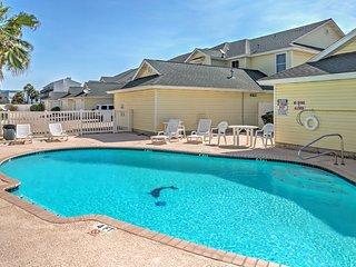 NEW! 3BR Corpus Christi Townhouse w/Patio! - Chapman Ranch vacation rentals