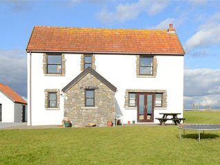 Lovely 4 bedroom Cottage in Lydstep - Lydstep vacation rentals