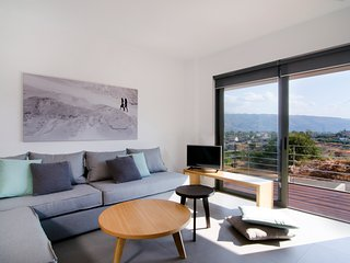 Seametry Apt with mountain view 4p - Souda vacation rentals