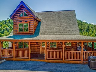 LAZY BEAR LODGE - Sevierville vacation rentals