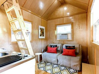 Tiny House with FREE Bikes! - Austin vacation rentals