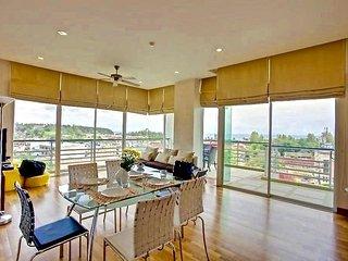 2 bedroom excellent view apartment in Karon - Karon vacation rentals