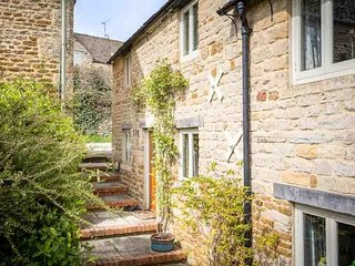 Rose Walk Cottage is a beautiful Cotswold stone cottage, located on a quiet lane - Upper Oddington vacation rentals