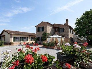 Charming Marciano Della Chiana Condo rental with Internet Access - Marciano Della Chiana vacation rentals