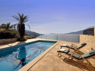 3 bedroom Villa in Kalkan, Mediterranean Coast, Turkey : ref 2022544 - Kalkan vacation rentals