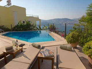 5 bedroom Villa in Kalkan, Mediterranean Coast, Turkey : ref 2022551 - Unye vacation rentals