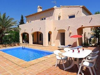 6 bedroom Villa in Calpe, Costa Blanca, Spain : ref 2023518 - La Llobella vacation rentals