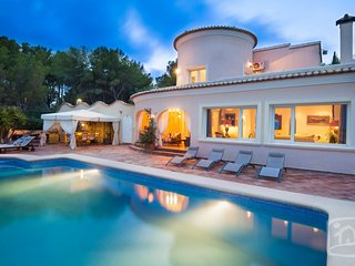 3 bedroom Villa in Benissa, Costa Blanca, Spain : ref 2031798 - La Llobella vacation rentals