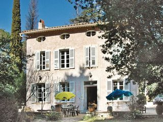 5 bedroom Villa in La Garde, Cote D Azur, Var, France : ref 2042275 - Le Pradet vacation rentals