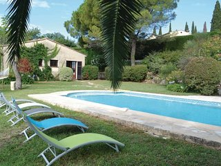 3 bedroom Villa in La Gaude, Cote D Azur, Alps, France : ref 2042503 - La Gaude vacation rentals