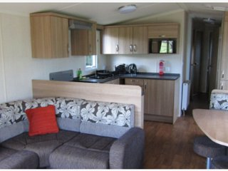 Nice 3 bedroom Newton Stewart Caravan/mobile home with Parking - Newton Stewart vacation rentals