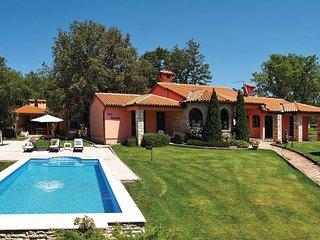 3 bedroom Villa in Krnica Belavici, Istria, Krnica, Croatia : ref 2044896 - Bratulici vacation rentals