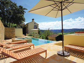 6 bedroom Villa in Motovun, Istria, Croatia : ref 2046364 - Livade vacation rentals