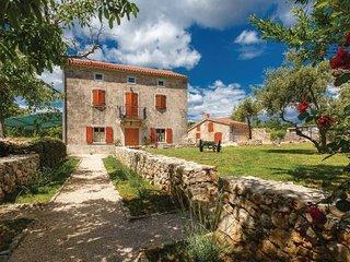 5 bedroom Villa in Krk, Kvarner, Croatia : ref 2046825 - Skrbcici vacation rentals