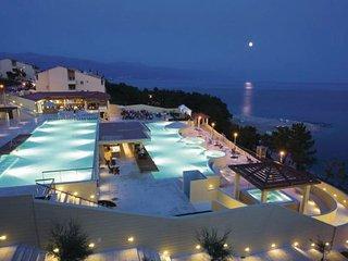 2 bedroom Apartment in Novi Vinodolski, Kvarner, Croatia : ref 2089149 - Novi Vinodolski vacation rentals