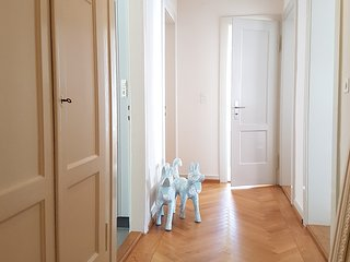 top located 3 room luxury flat, wifi&dishw&washer - Zurich vacation rentals