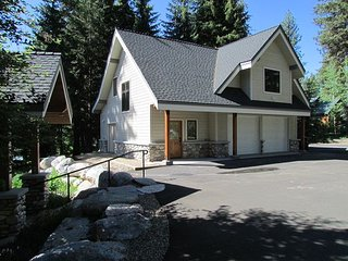 Cabin Fever is a Luxury Home on Payette Lake with Private Dock  & Sandy Beach - McCall vacation rentals