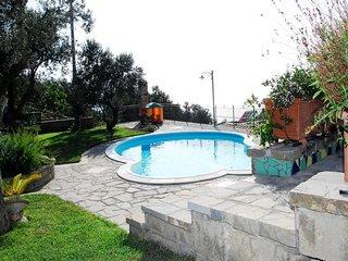 3 bedroom Villa in Massa Lubrense, Amalfi Coast, Campania, Italy : ref 2135415 - Sant'Agata sui Due Golfi vacation rentals