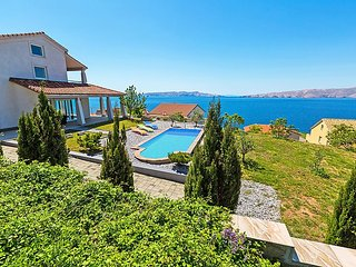 4 bedroom Villa in Senj, Kvarner, Croatia : ref 2213866 - Senj vacation rentals