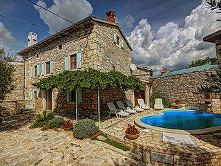 5 bedroom Villa in Barban, Istria, Croatia : ref 2214070 - Orihi vacation rentals