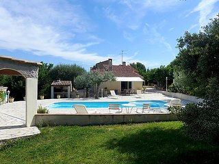 3 bedroom Villa in Saint Cyr Les Lecques, Cote d Azur, France : ref 2214170 - Les Lecques vacation rentals