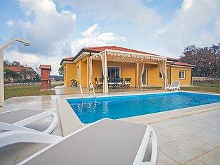 4 bedroom Villa in Rovinj Rovinjsko Selo, Istria, Croatia : ref 2215026 - Brajkovici vacation rentals