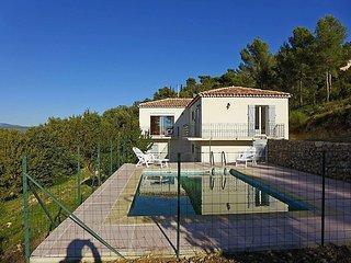 3 bedroom Villa in La Cadiere d Azur, Cote d Azur, France : ref 2216563 - La Cadiere d'Azur vacation rentals