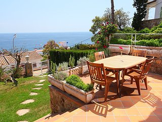 4 bedroom Villa in Tossa De Mar, Costa Brava, Spain : ref 2217306 - Tossa de Mar vacation rentals
