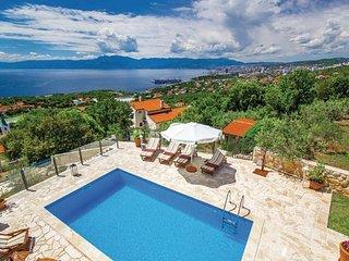 4 bedroom Villa in Crikvenica-Kostrena, Crikvenica, Croatia : ref 2219385 - Kostrena vacation rentals