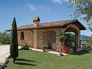 3 bedroom Villa in Camaiore, Versilia, Italy : ref 2222260 - Nocchi vacation rentals
