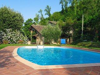 2 bedroom Villa in Volterra, Maremma Volterra, Italy : ref 2235111 - Montaperti vacation rentals